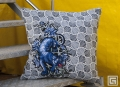 black_panther_circus_cushion_S02_d.jpg