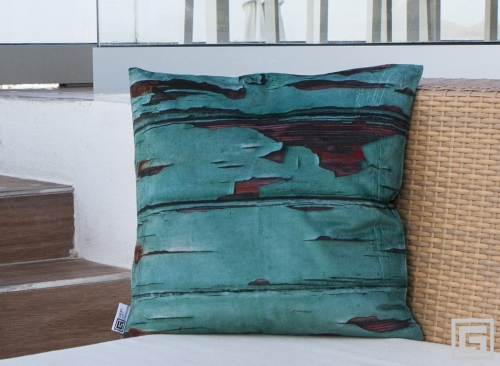 H06_Sa_Canal_Ibiza_cushions_wood_rocks.jpg