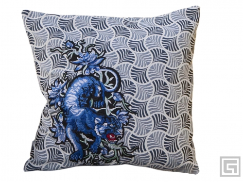 D19_Black_Panther_cushion_Gert_Design.jpg